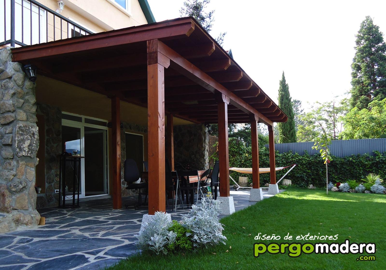 Exteriorismo y dise o de p rgolas porches cenadores y for Porche jardin madera
