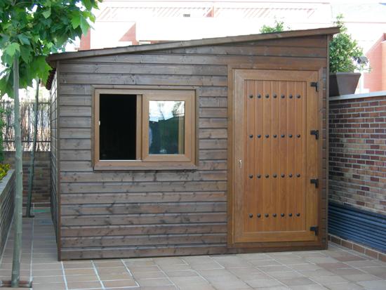 C mo hacer para construir una caseta de madera de jard n for Casas para herramientas de jardin
