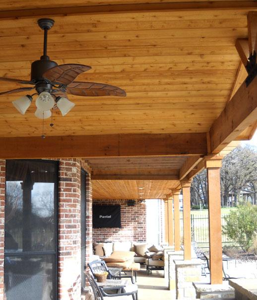 Lo más importante en la construcción de porches y pérgolas de madera